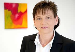 Dr. Iris Siegmund